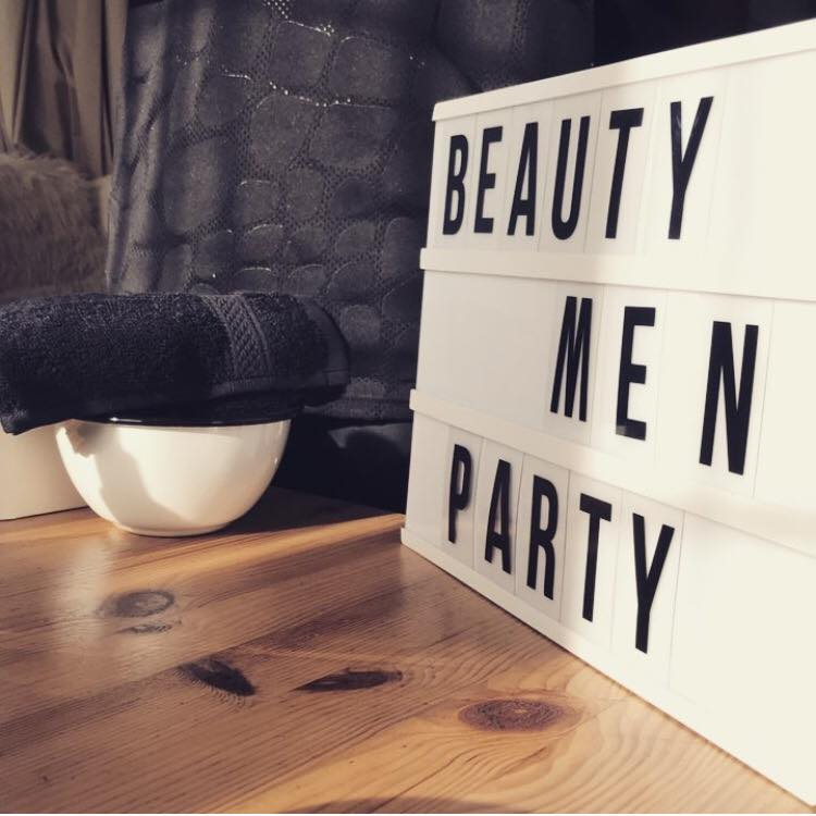 Beauty Men Party